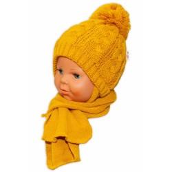 BABY NELLYS Zimní pletená čepička s šálou Baby Bear - hořčicová s bambulkou